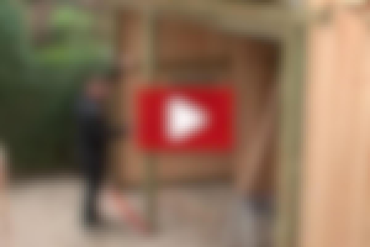 GARASJE: Montera en skjutdörr i garaget