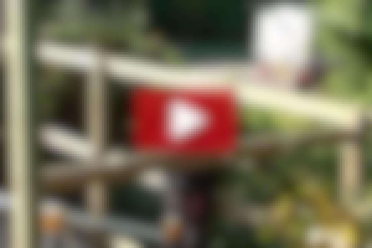 VIDEO: Byg et træskelet til udhuset