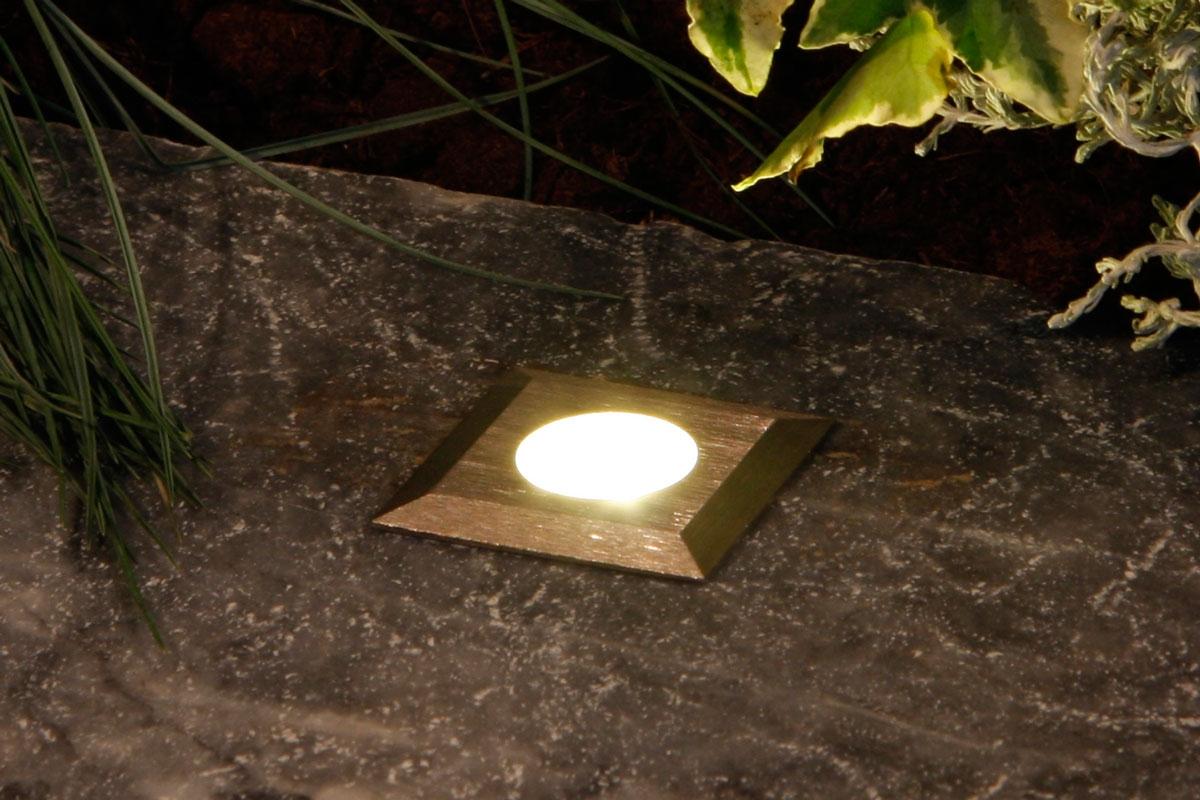 Udendørs belysning du selv kan sætte op | Gør Det Selv
