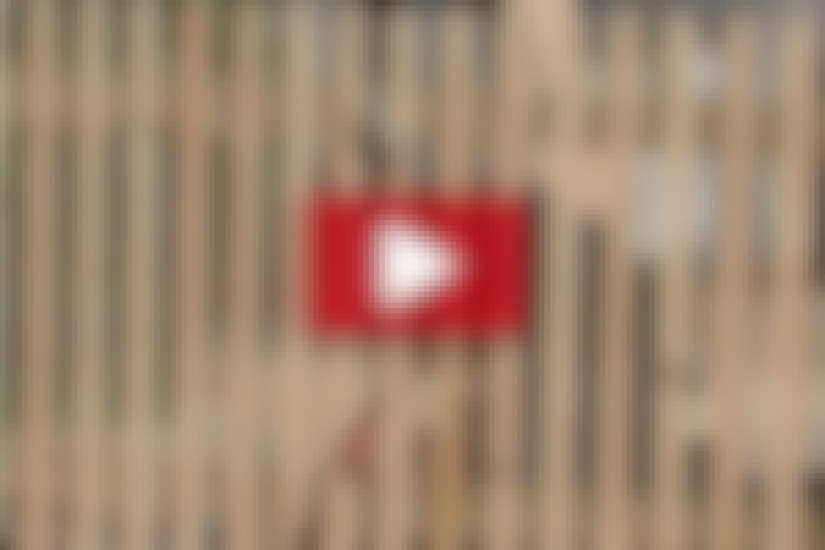 VIDEO: Nya breda grindar till uppfarten