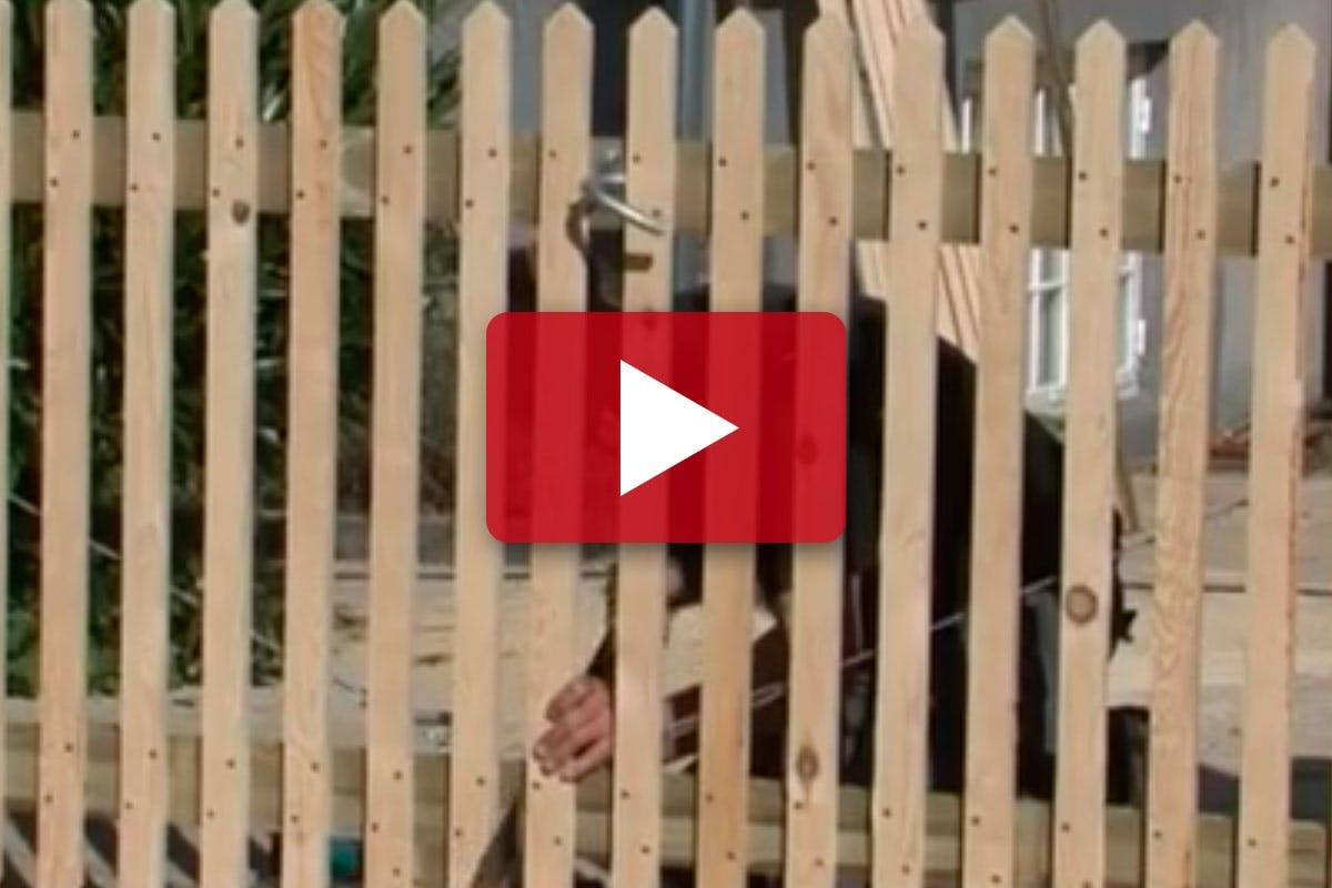 BYGG TRÄDGÅRDSGRIND: Nya breda grindar till uppfarten | Gör Det Själv