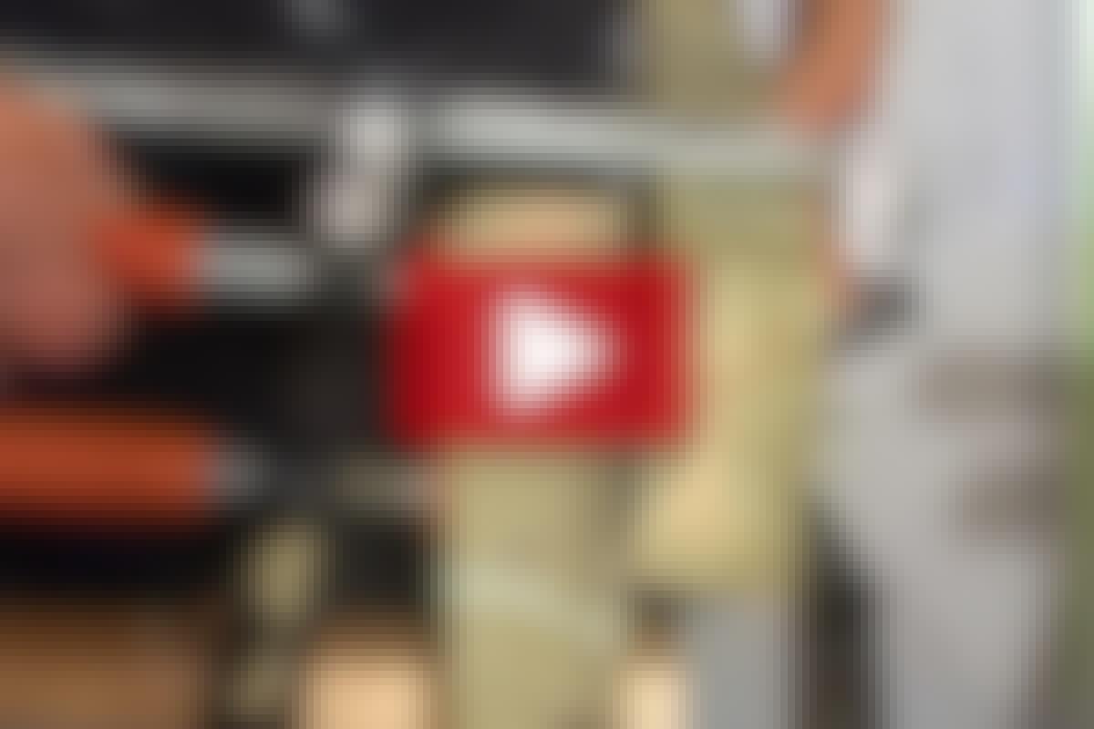 VIDEO: Starka fogar med vagnsbultar
