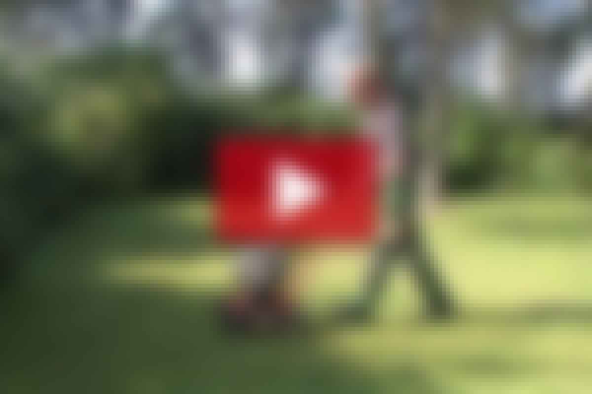 VIDEO: Poista sammal ja pelasta nurmikko