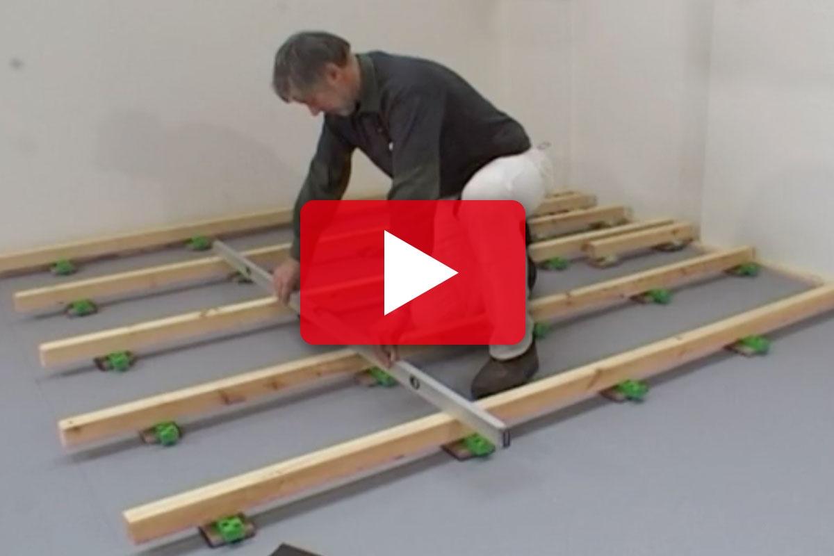 GULVLÆGGER-TEKNIK: Sådan lægges gulvstrøer | Gør Det Selv