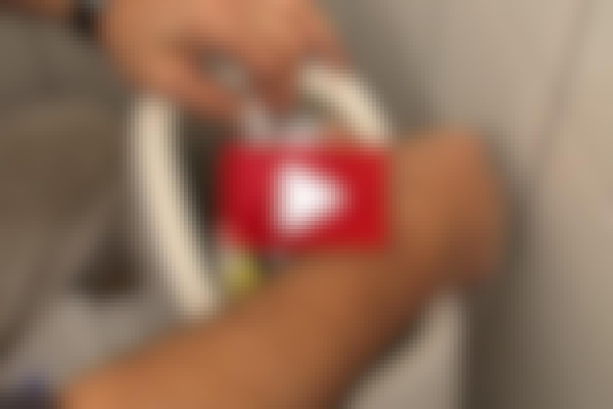 VIDEO: STOPP det rennende toalettet
