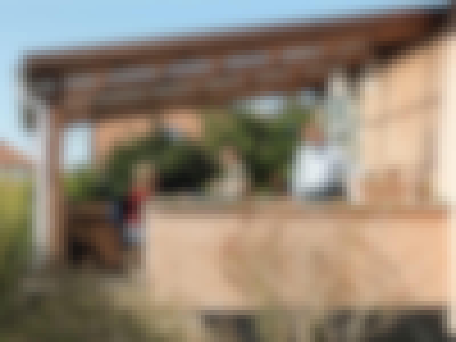 overbygd terrasse uten beslag