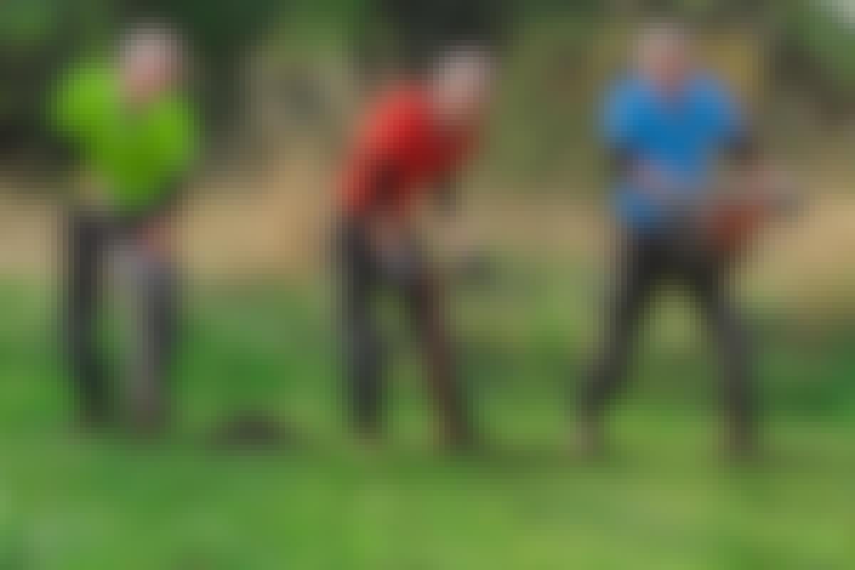 Hvilket redskab er best — spaden, det manuelle jordboret eller det motoriserte jordboret?