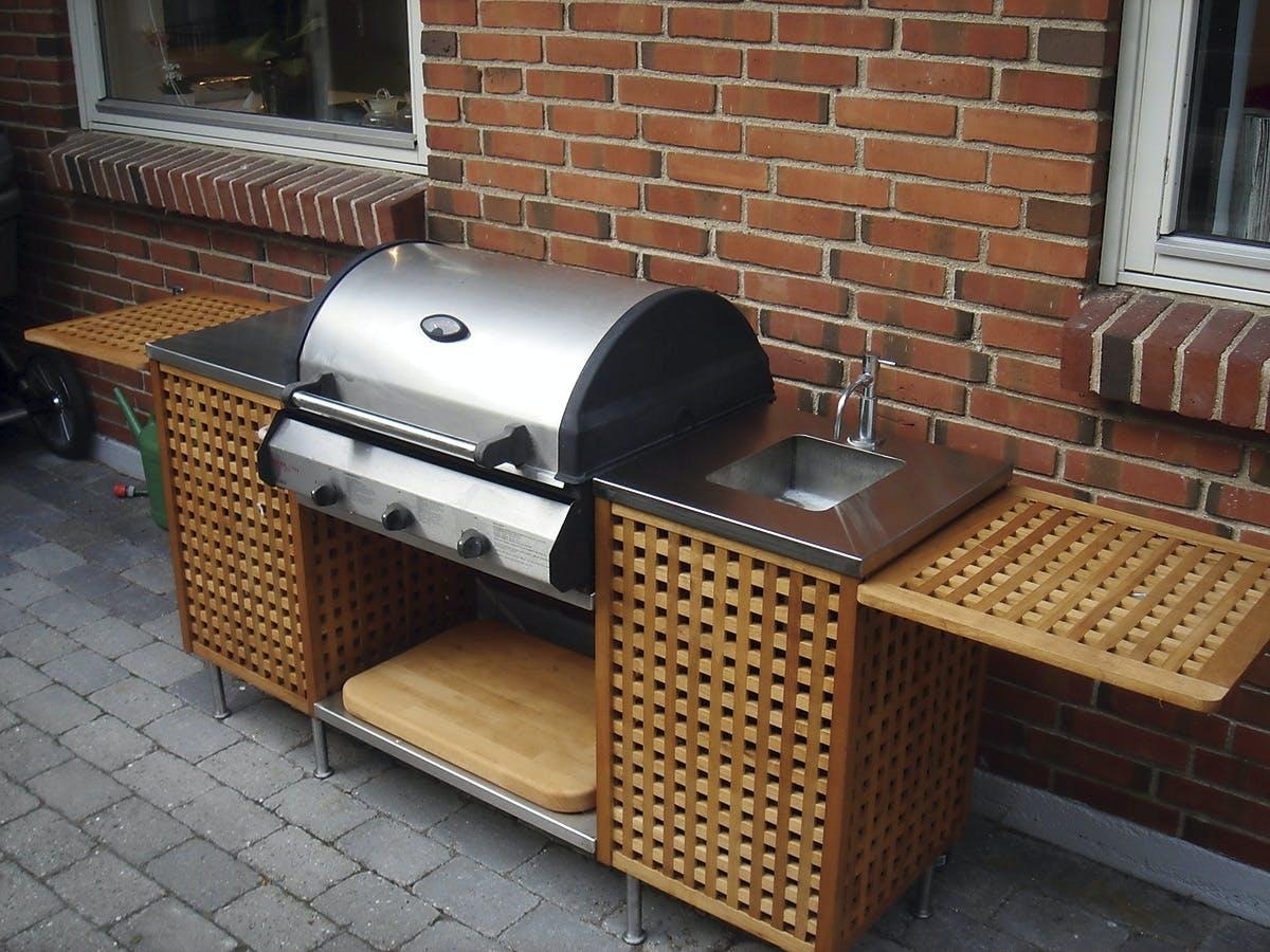 inbyggd grill utekök