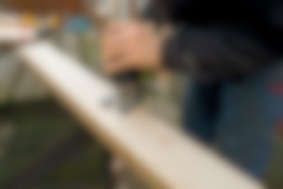 Opgave for stiksav: skær reglar i længden