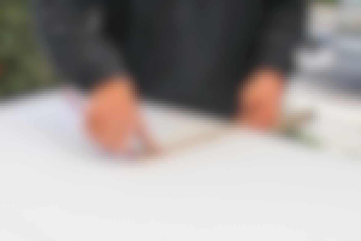 Tegn på baksiden av platen, hvis du skal tilpasse en plate.