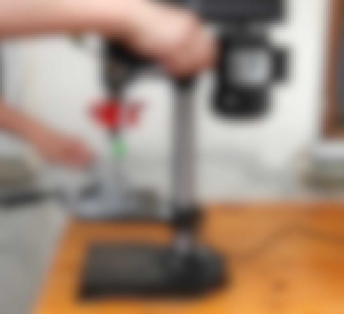 Søjleboremaskinen har egentlig fine kræfter, men præcisionen mangler.
