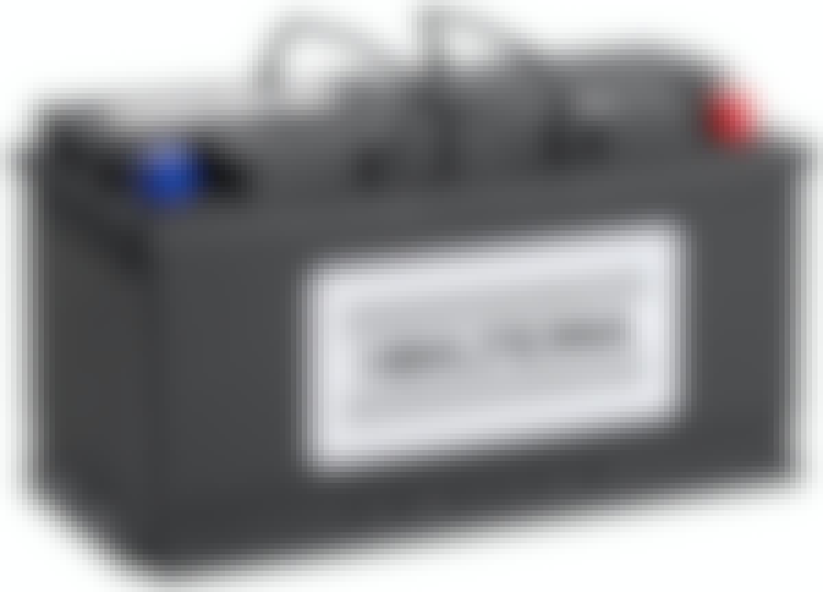 Hvordan lagrer jeg bilbatteriet?