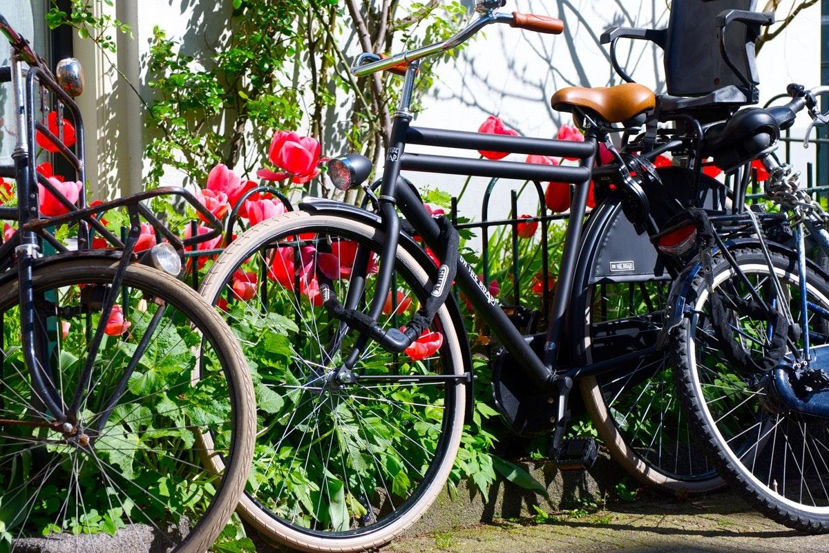 Hur Får Jag Cyklarna Att Ta Mindre Plats? Gör Det Själv