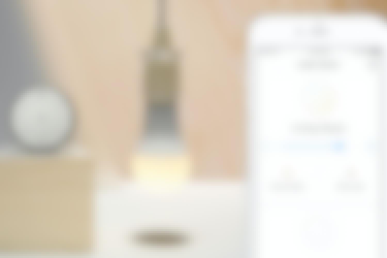 Billig, trådlös belysning du kan styra från telefonen