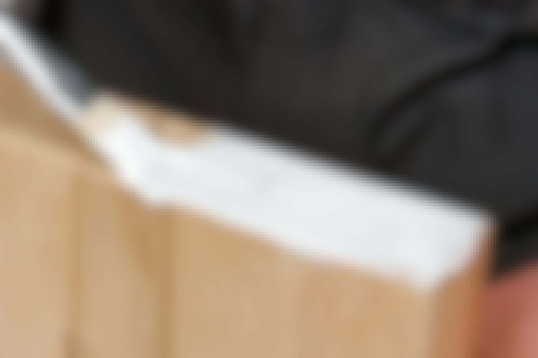 ALLSIDIG: Med et godt trelim, kan du lime tre mot tre, eller tre mot metall, plast og keramiske materialer.