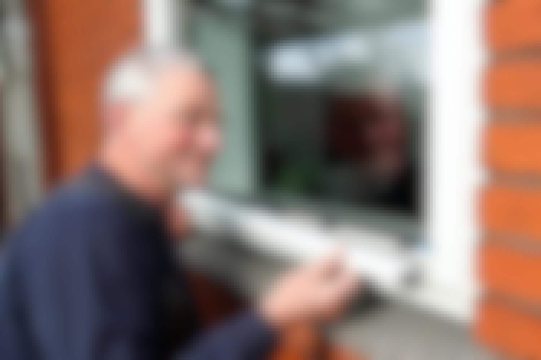 Vinduer: Bundglasliste f aluminium redder vinduet