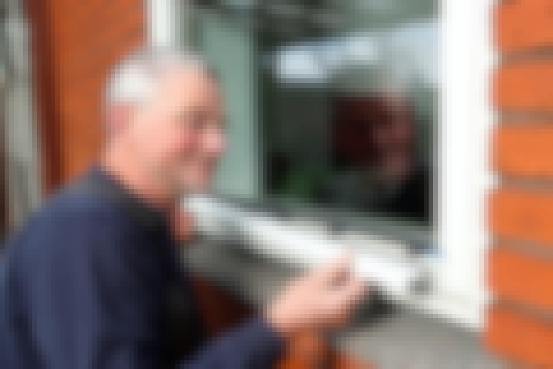 Råtne vinduer: Bunnglasslist