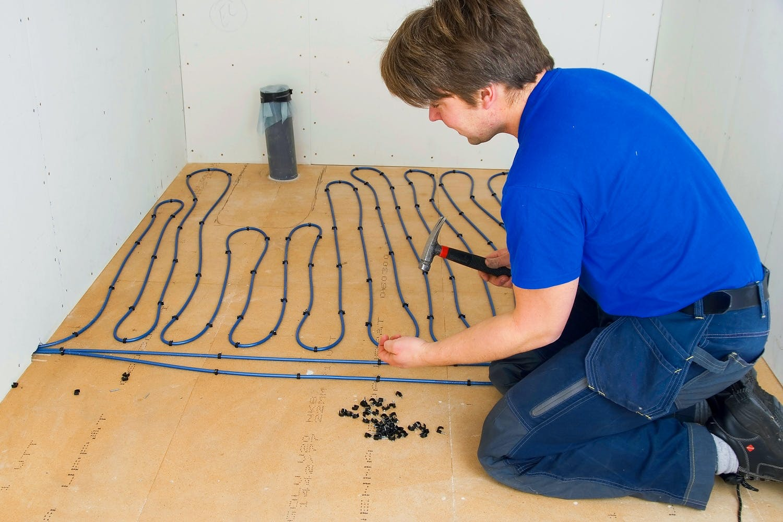 Mega Gulvvarme - Vi viser hvordan, du monterer gulvvarme XR36
