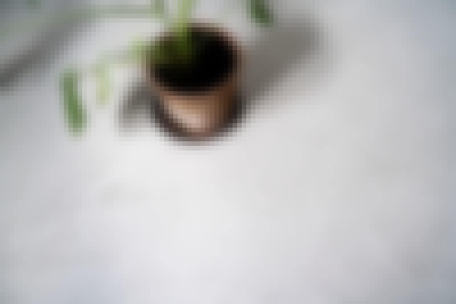 Värillinen mikrosementti: Kuvassa on harmaata mikrosementtiä.