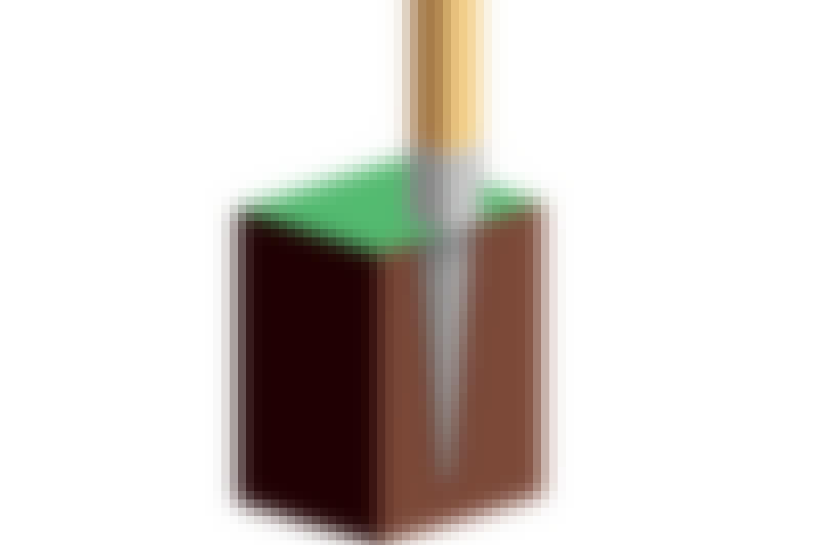 Ett stolpspjut är en stålspets med en ram till stolpen på toppen.
