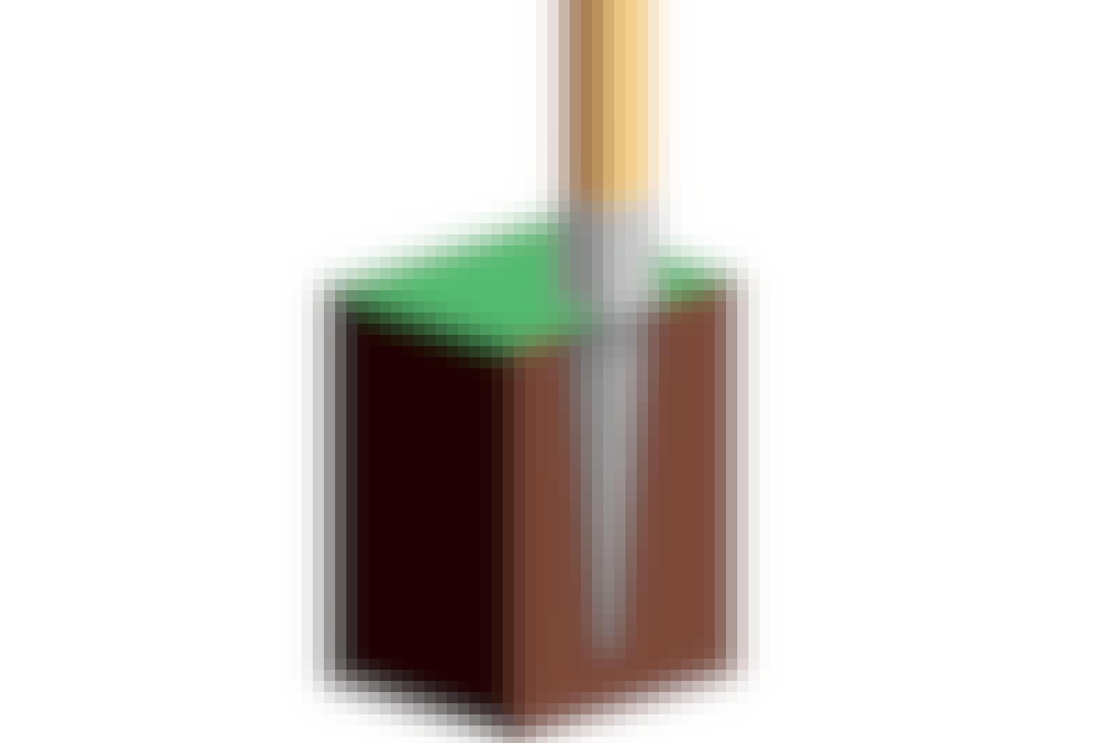 Tolppakenkä on teräspiikki, jonka yläosassa on tolpalle sopiva kehikko.