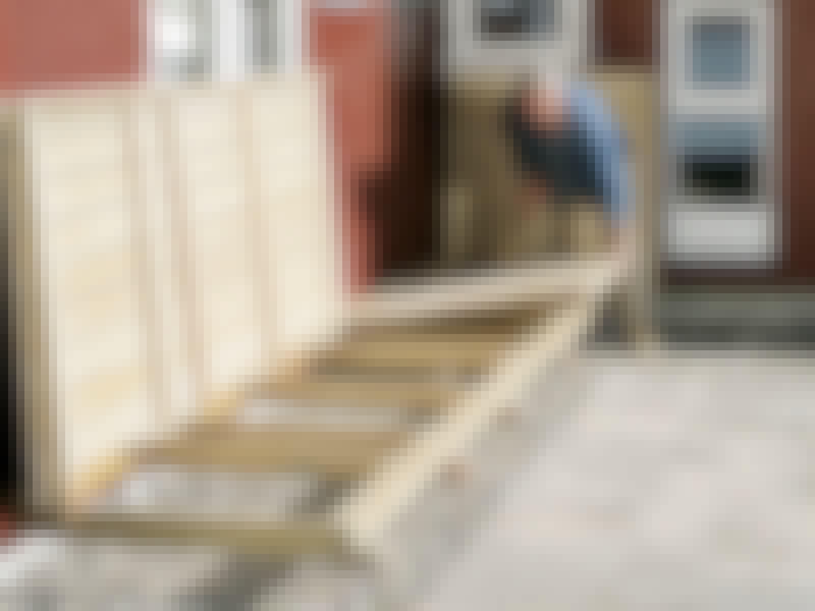 Træterrasse på fliser: Gem terrassen af vejen