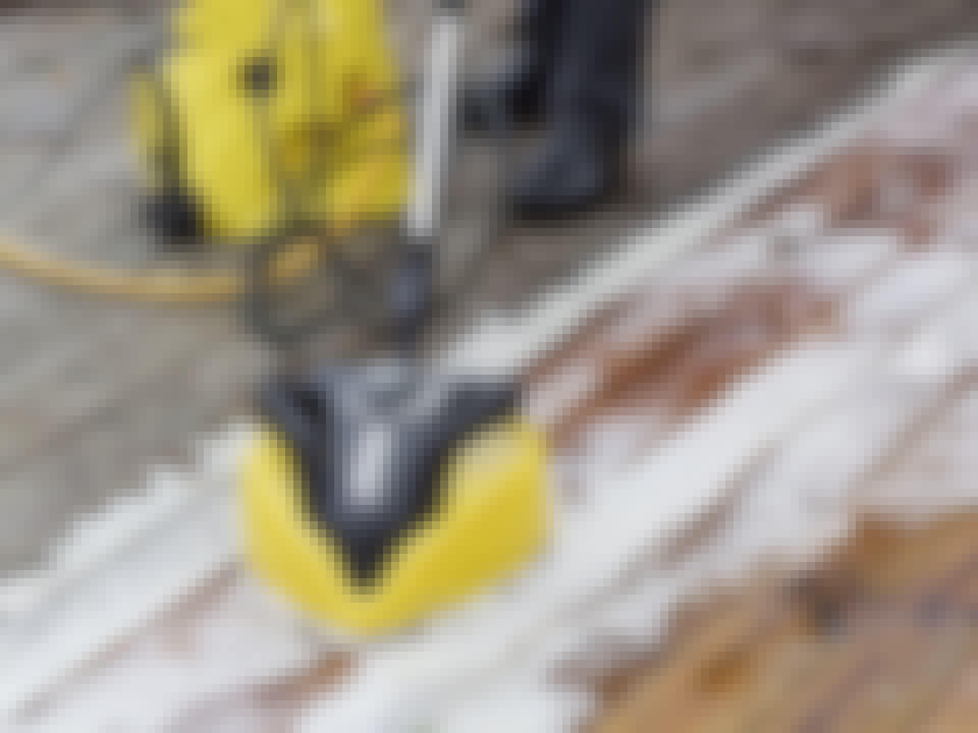 Rensning af træterrasse: SÅDAN renser du terrassen bedst!