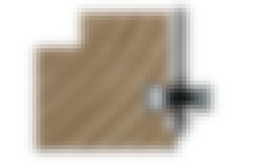 FRÆSEJERN: FALSFRÆSEJERN: Fræsejernet laver en retvinklet fals, der er 15 mm bred.