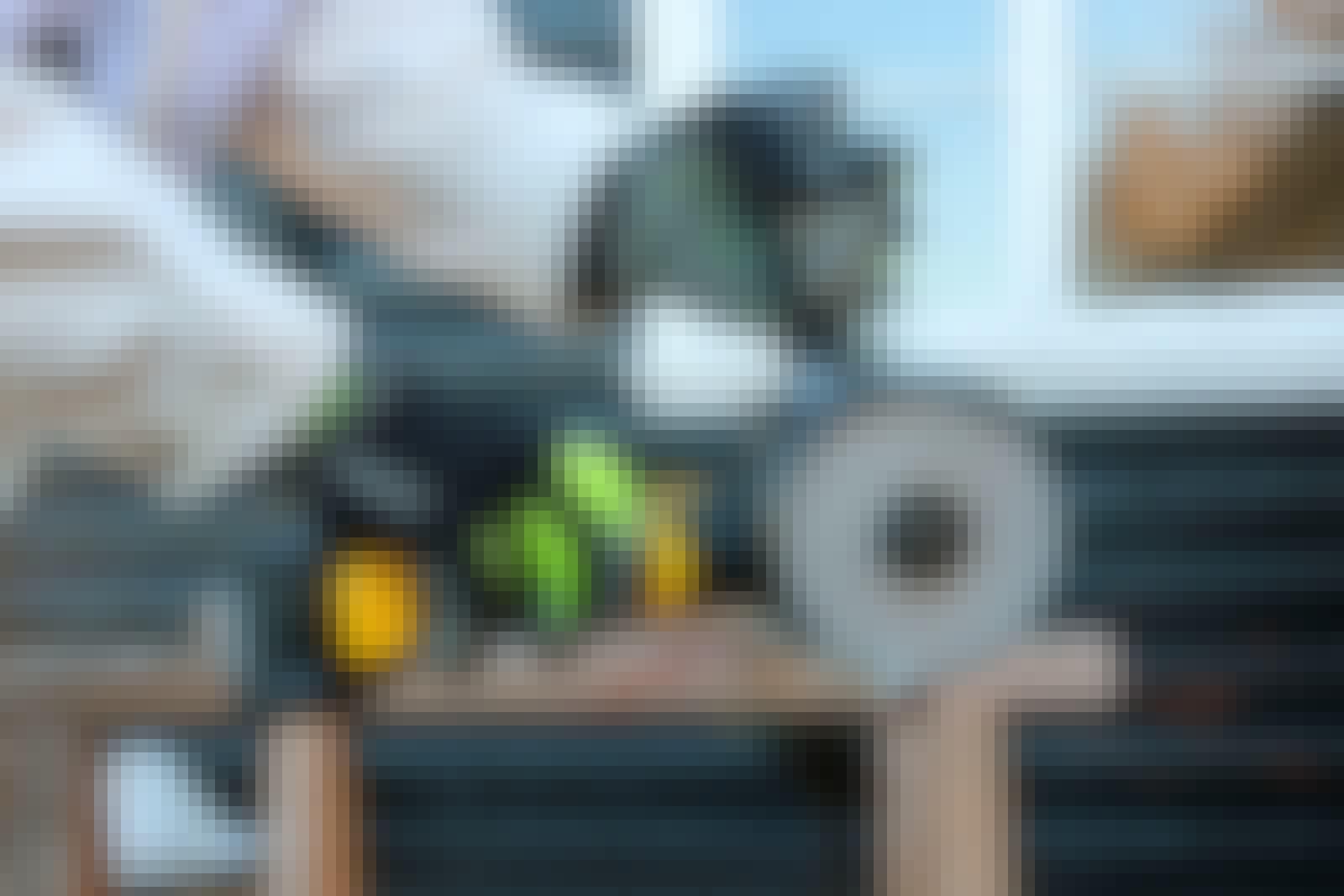 FXA: Kulmahiomakone