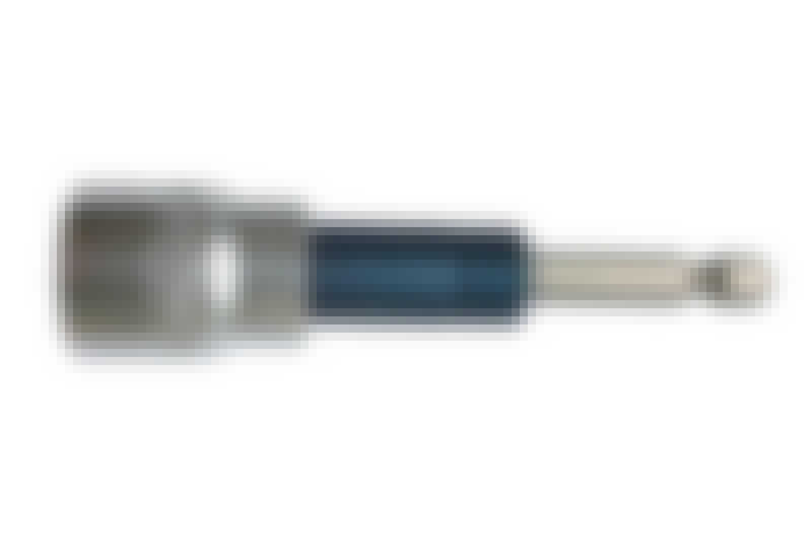 Mutterinväännin: Mutterinväännintä voi käyttää renkaiden vaihtamiseen ja pulttien kiristämiseen.