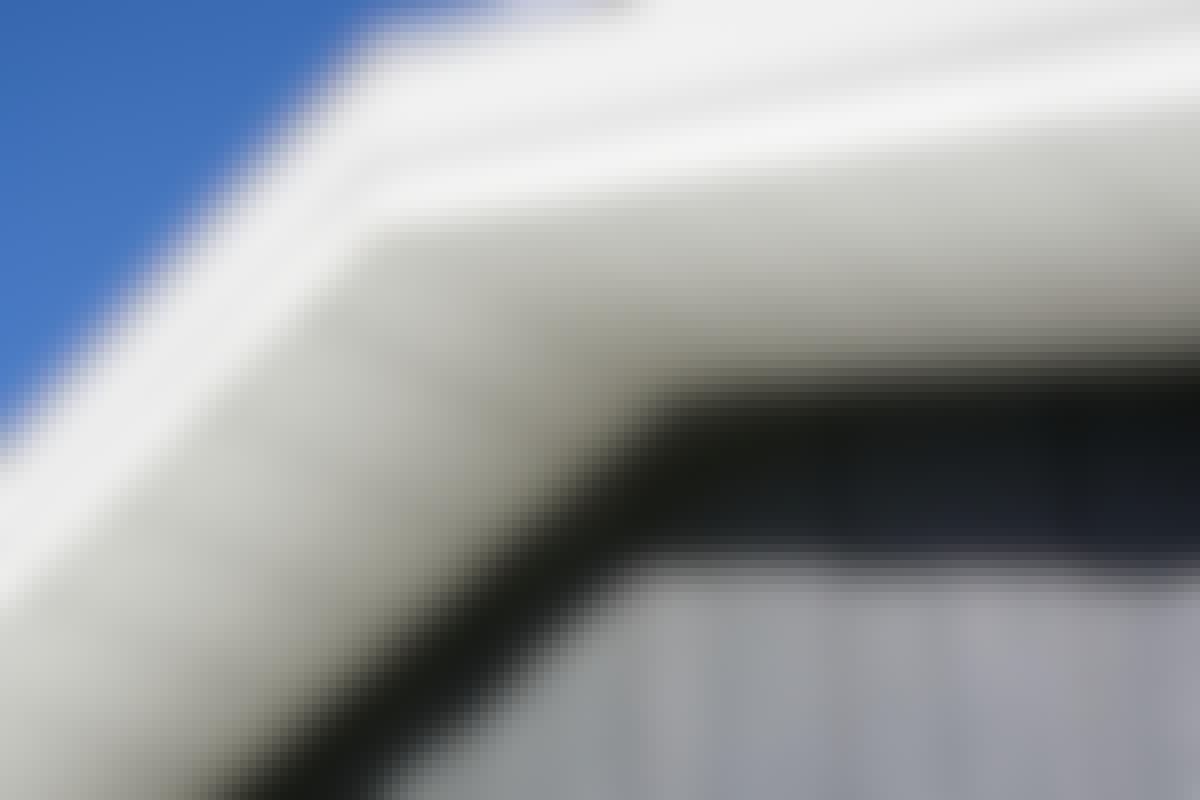 Fibercement skal ikke vedligeholdes og er meget modstandsdygtigt over for vind og vejr, der slider på dit hus.