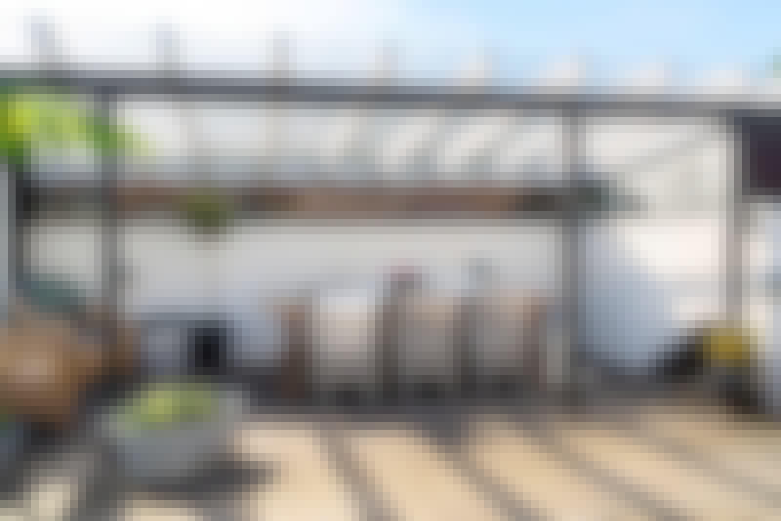 Kirkas valokate antaa lisää valoa: Sunglaze (Plastimo)