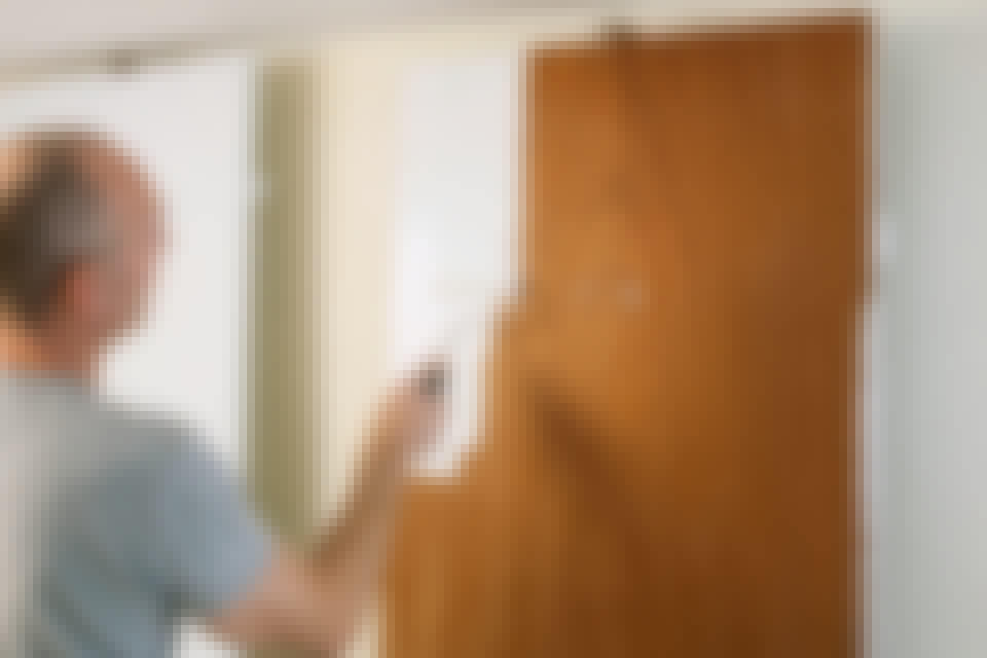 Maling av glatte dører: Slik gjør du
