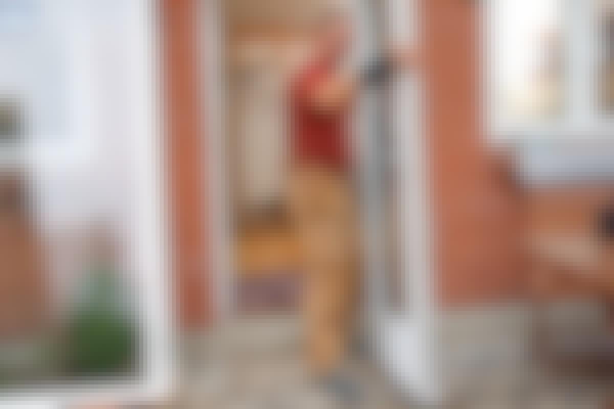 Iso teema: Ikkunat ja ovet