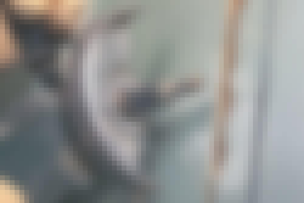 Kulmahiomakone: Sahaa seinään roiloja - Lyhyet roilot
