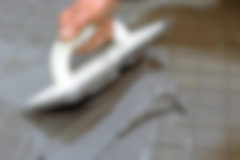 Foga kakel: Vackra fogar är kronan på verket. För att undvika sprickor ska de fyllas upp helt.