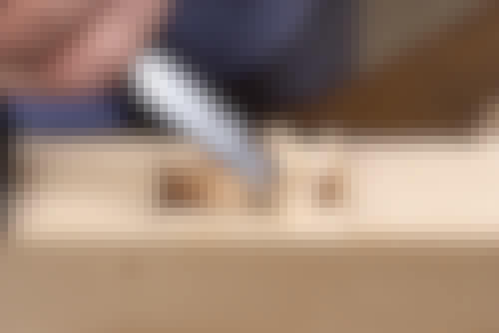 Stemmejern: Når der skal fjernes meget materiale, skal det hugges væk med et stemmejern