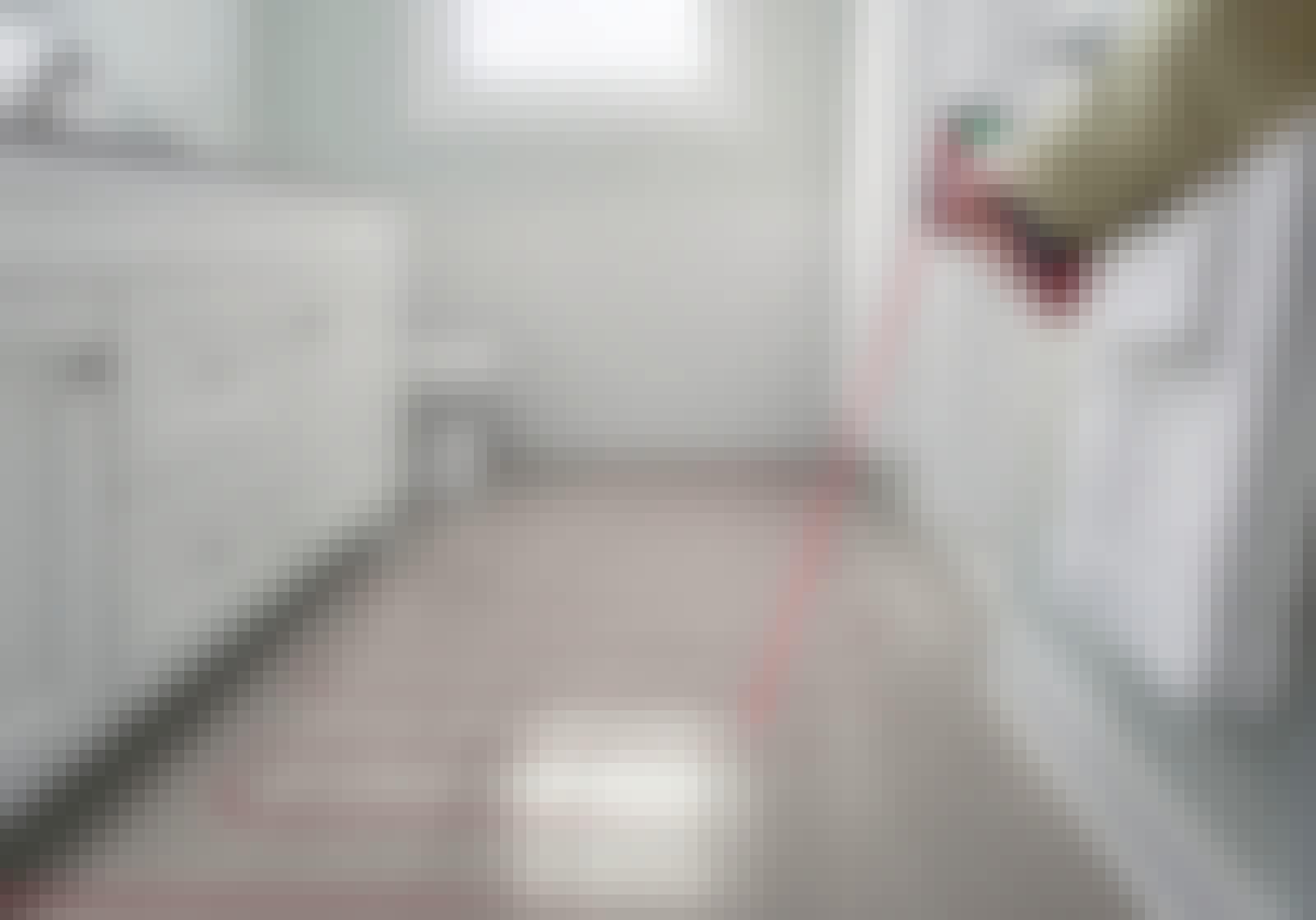 Sjekk gulvvarmen med et infrarødt termometer