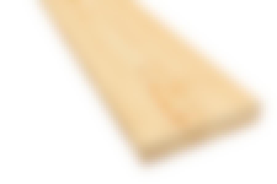 Den ljusa granen har ingen färgskillnad mellan kärnveden och den yttre splintveden.