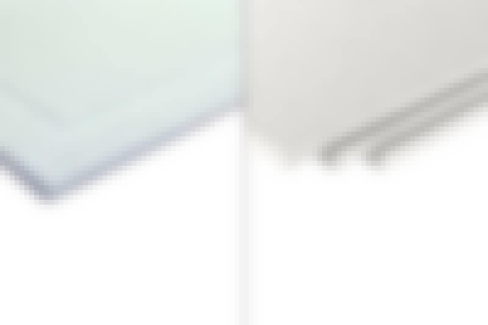 Fibergips: Fibergipsplater fås med og uten sparkelkant.