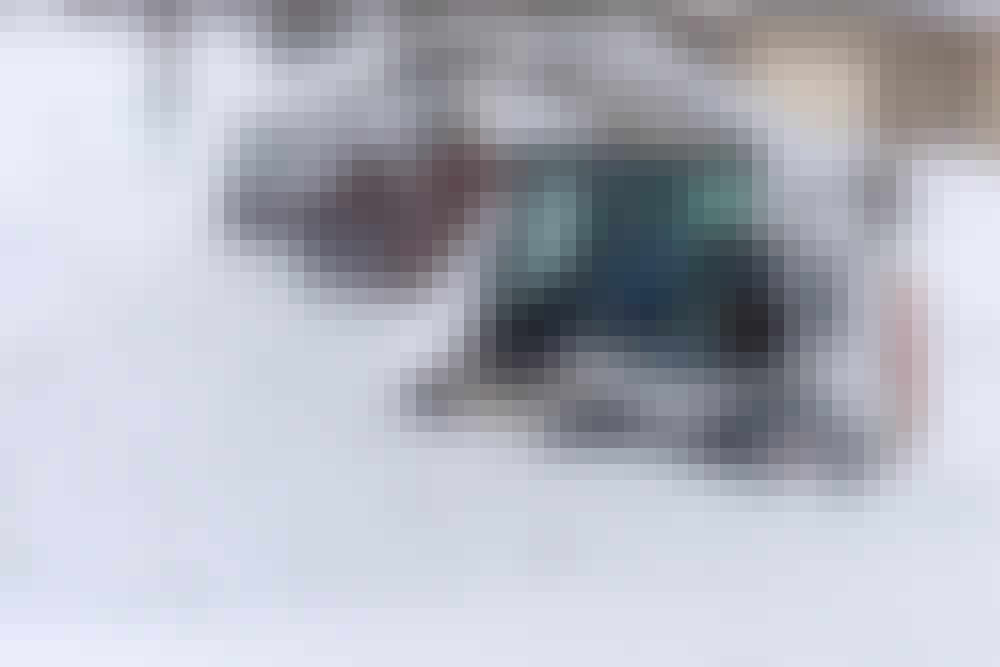 Bobcat: Gräv dig ut ur snödrivor