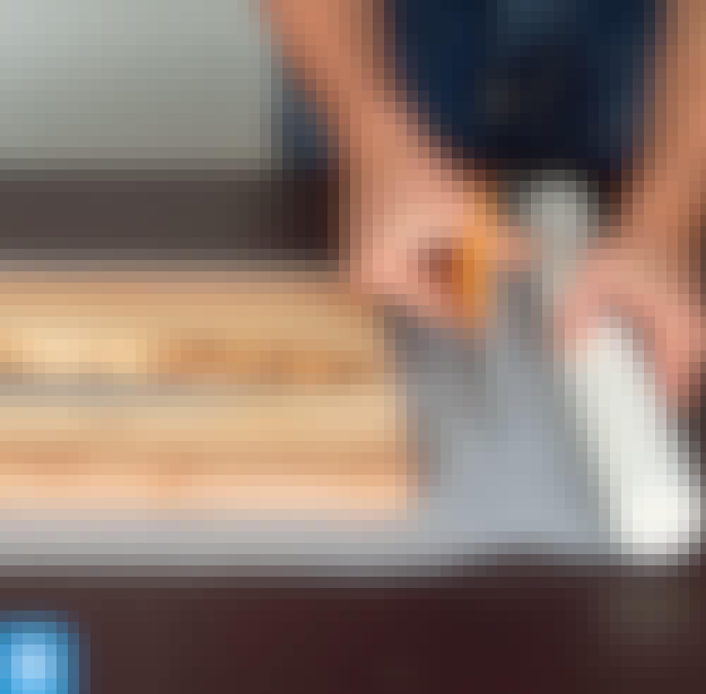 Hartsi: Aseta lautojen epätasaiset reunat vastakkain.