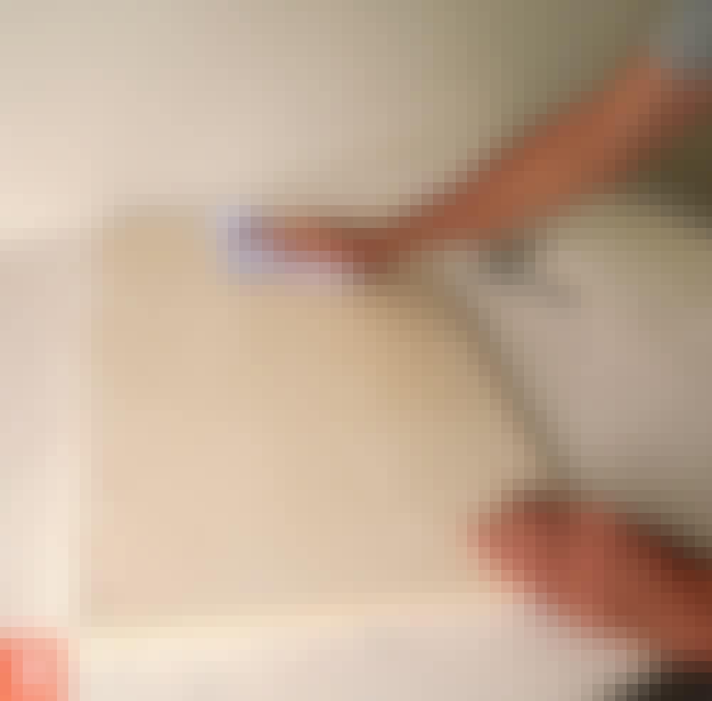 Male kjøkkenfronter: Vask fronten grundig.
