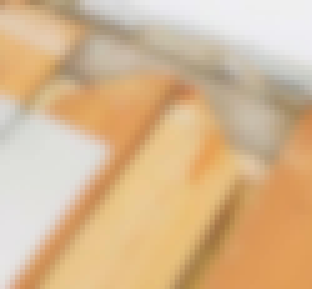 Vannbåren varme tregulv: Planlegg hvordan pex rørene skal legges, og markér det for eksempel med piler.