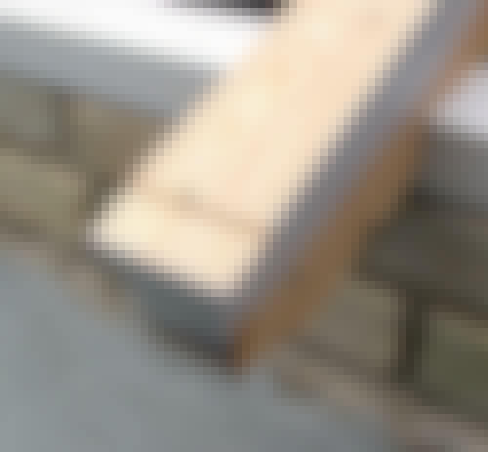 Glasstak: Skru tilpasningslister oppå sperrene slik at bredden passer til dekk-profilet og gummilistene.