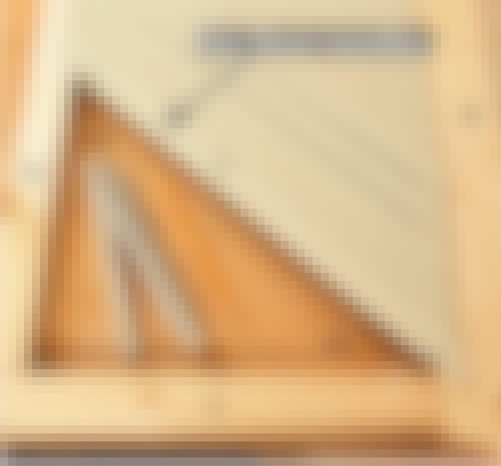 Elementskydd: Placera den första lamellen J.