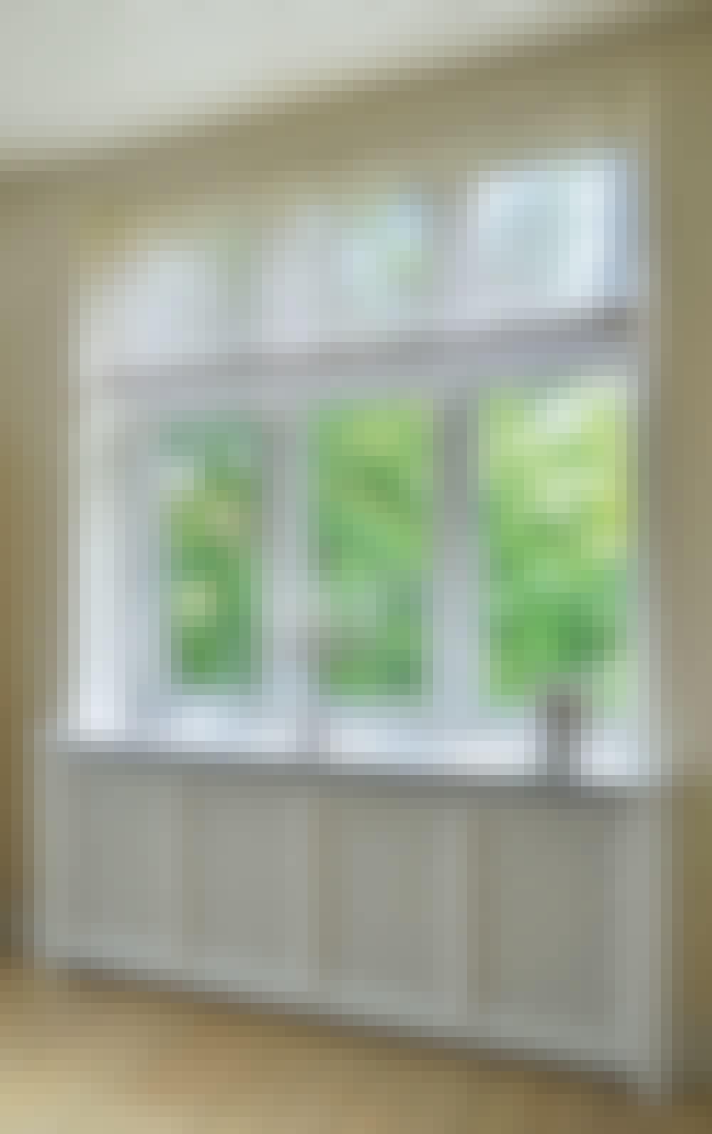 Elementskydd: Här har elementskyddet byggts ihop med en fönsterbänk.