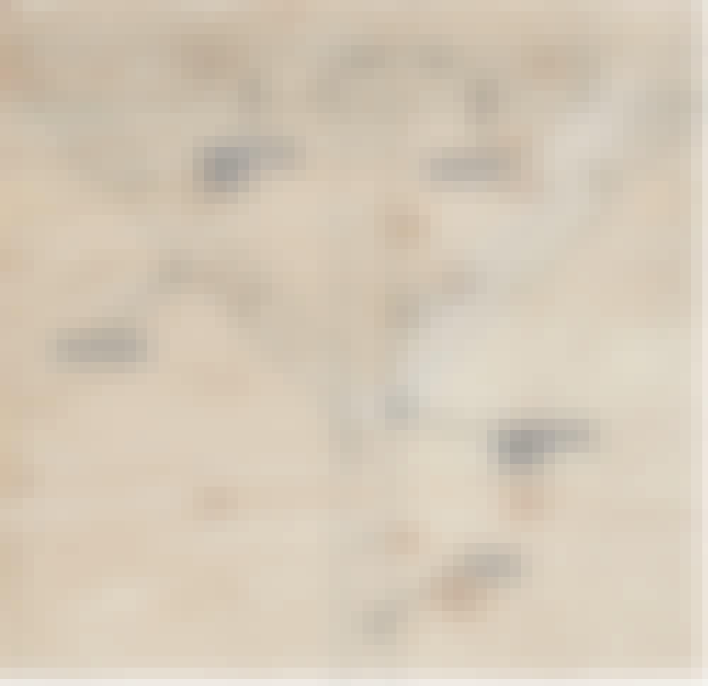 Seilduk: Du skal begynne med å lage en mal, som du kan sage ut delene til pergolaen etter.