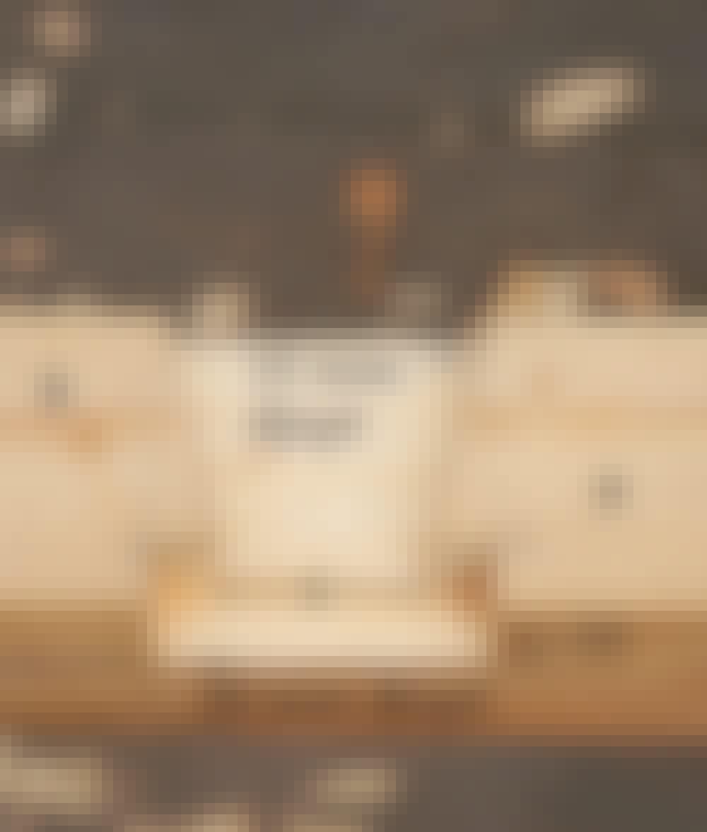Segelduk: Urtaget i överliggaren ser ut så här.