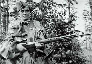 Ludmila Pavlitjenko; prickskytt i Röda armén under andra världskriget.